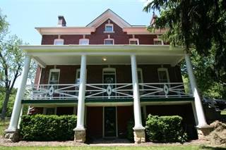 Residential Property for sale in 202 Millersdale Rd, Greater Greensburg, PA, 15644