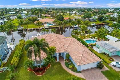 Residential Property for sale in 2712 NW Howard Creek Lane, Stuart, FL, 34994