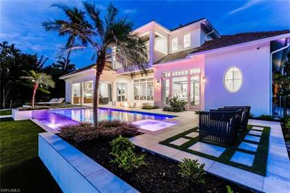 Residential Property for sale in 1501 Bluefin CT, Naples, FL, 34102