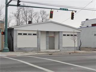 Comm/Ind for rent in 1110 12th St Northeast, Canton, OH, 44705