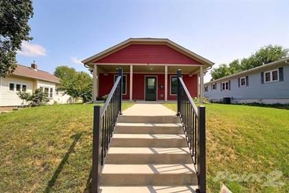 Single-Family Home for sale in 2022 Charles Street , La Crosse, WI, 54603
