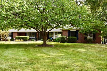 Residential for sale in 334 Elmcrest Drive, Ballwin, MO, 63011