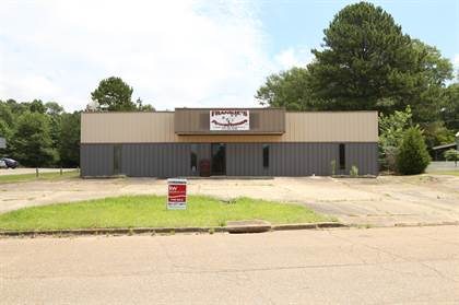 Commercial for sale in 484 Chester St, Ackerman, MS, 39735