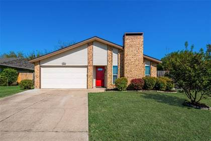 Residential for sale in 3515 Green Hill Drive, Arlington, TX, 76014