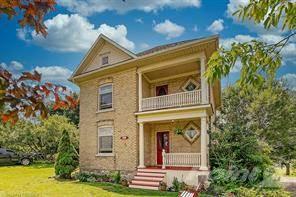 Residential Property for sale in 82 QUEEN Street, Puslinch, Ontario, N0B 2C0