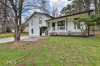 Residential Property for sale in 977 Walnut Dr, Lawrenceville, GA, 30044