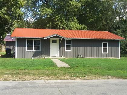 Residential Property for sale in 142 S School Street, Goodman, MO, 64843