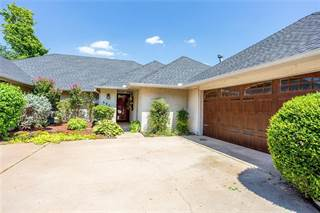 Single Family for sale in 6805 Briarcreek Drive, Oklahoma City, OK, 73162