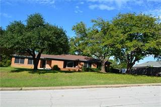 Single Family for sale in 720 Burleson Street, Grand Prairie, TX, 75050