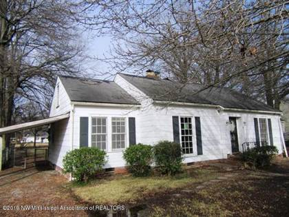 Residential for sale in 627 Lynn Avenue, Clarksdale, MS, 38614