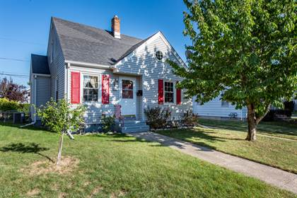 Residential Property for sale in 7733 23rd Avenue, Kenosha, WI, 53143