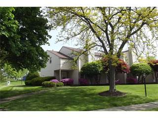 Townhouse for sale in 2307 Ansley St, Alliance, OH, 44601