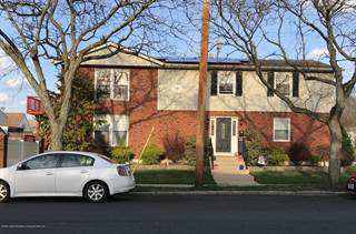 Duplex for sale in 441 Wainwright Avenue, Staten Island, NY, 10312