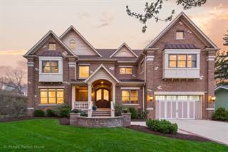 Photo of 718 South LOOMIS Street, Naperville, IL