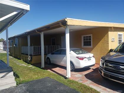 Residential Property for sale in 11205 NW 3rd St, Sweetwater, FL, 33172