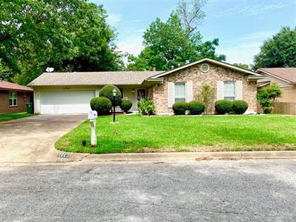 Residential for sale in 1713 Westover Drive, Arlington, TX, 76015