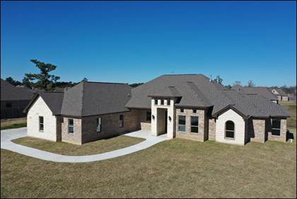 Residential Property for sale in 620 Frontier Dr., Bridge City, TX, 77611