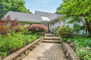 Single Family for sale in 10 Wandering Way, Smithtown, NY, 11787