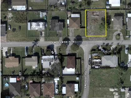 Residential Property for sale in 10925 SW 218TH TERRACE, Miami, FL, 33170