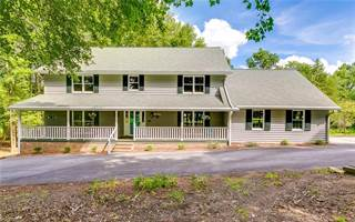 Single Family for sale in 1916 N Clodfelter Road, High Point, NC, 27265