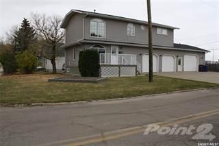 Residential Property for sale in 175 4th STREET S, Weyburn, Saskatchewan, S4H 3N1