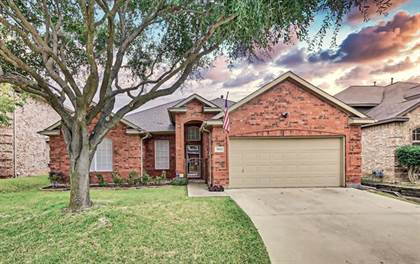 Residential Property for sale in 7005 ECHO LAKE Court, Arlington, TX, 76001