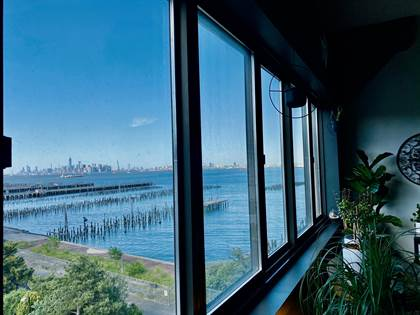 Residential Property for sale in 10 Bay Street Landing 5-M, Staten Island, NY, 10301