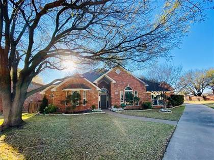 Residential for sale in 4013 Mesa Ridge Drive, Fort Worth, TX, 76137