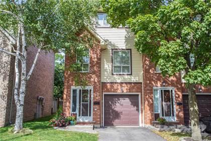 Condominium for sale in 384 Limeridge Road E 6, Hamilton, Ontario, L9A 2S7