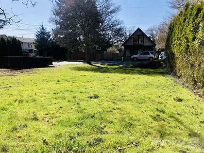 Lots And Land for sale in 931 REDFERN STREET, Vancouver Island, British Columbia