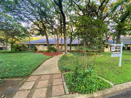 Residential Property for sale in 2453 Lakeview Circle, Arlington, TX, 76013