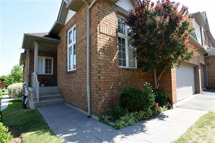 Condominium for sale in 100 BEDDOE Drive 91, Hamilton, Ontario, L8P 4Z2