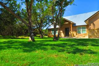Single Family for sale in 920 Heinen Rd, Bandera, TX, 78003