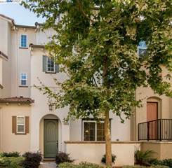 Townhouse for sale in 483 Magritte Way, Mountain View, CA, 94041