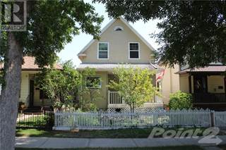 Single Family for sale in 519 12A Street N, Lethbridge, Alberta