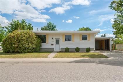 Residential Property for sale in 3824 Glacier Avenue S, Lethbridge, Alberta, T1K 3N8