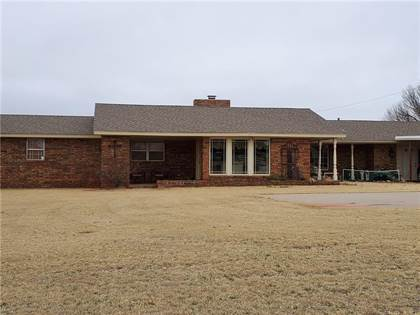 Residential Property for sale in 2407 W Commerce Road, Clinton, OK, 73601