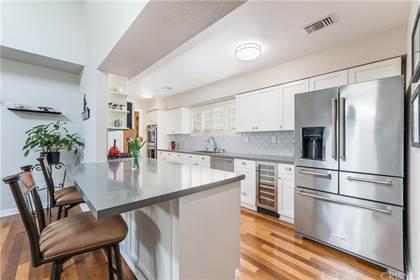 Residential Property for sale in 12860 Meadowlark Avenue, Granada Hills, CA, 91344