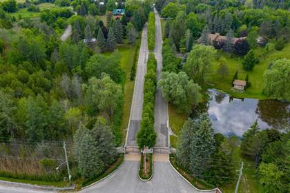 Farm And Agriculture for sale in 15600 Jane St, King, Ontario, L7B 1A3