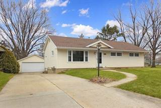 Residential Property for sale in 322 East 10th Street, Pecatonica, IL, 61063
