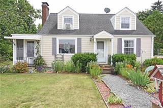 House for sale in 24 Cavalcade Boulevard, Warwick, RI, 02889