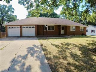 Single Family for sale in 4421 N Indiana Avenue, Kansas City, MO, 64117
