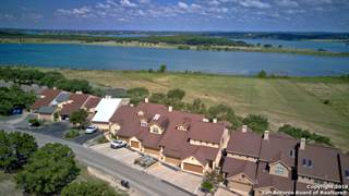 Townhouse for sale in 1000 Parkview Dr, Canyon Lake, TX, 78133