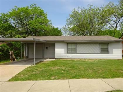 Residential for sale in 1519 Arbor Lane, Arlington, TX, 76010