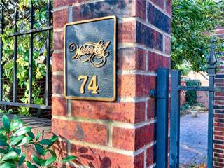 Condo for sale in 6206 Waterford Boulevard 74, Oklahoma City, OK, 73118