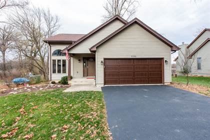 Residential Property for sale in 23702 80th Place, Salem Oaks, WI, 53168