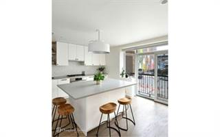 Condo for sale in 170 Broadway 2B, Brooklyn, NY, 11211