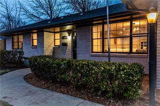 Single Family for sale in 3000 Abbey Road, The Village, OK, 73120