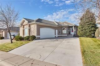 Condo for sale in 30 River Ridge Close NW, Medicine Hat, Alberta, T1A 8T3