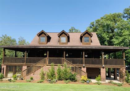 Residential Property for sale in 406 S York Street, Windsor, NC, 27983